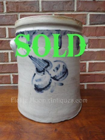 ZSOLD*******    3 Gallon Pennsylvania Cobalt Blue Stoneware Crock