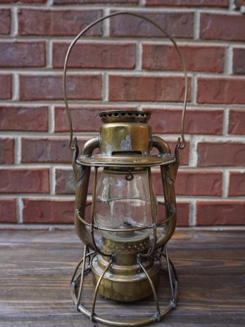 Dietz Vesta Navy Standard Antique Deck Lantern