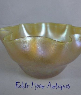 Tiffany Art Glass Scalloped Edge Bowl Signed LCT